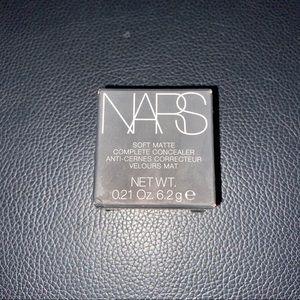 NARS Soft Matte Complete Concealer - Walnut